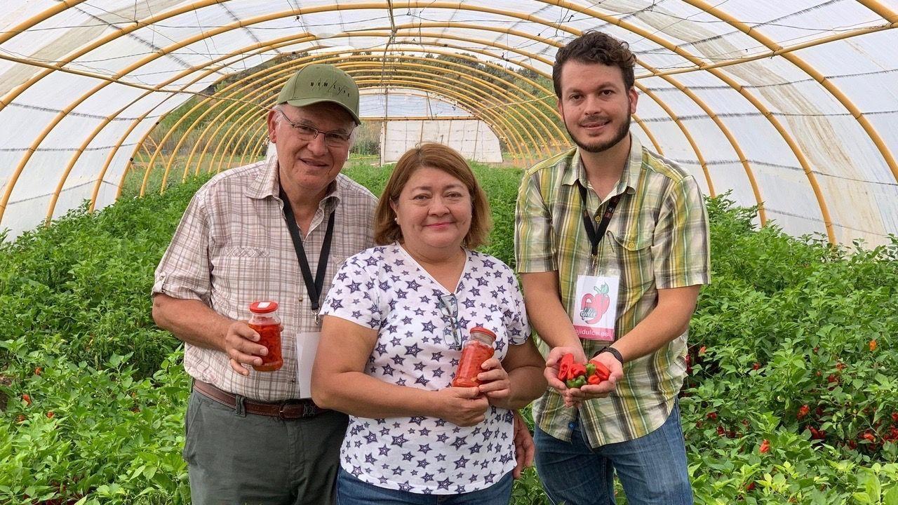 Familia Rojas Paez Ají dulce