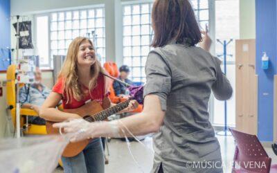 [Emprendimiento venezolano] Música en Vena, melodías que sanan en hospitales