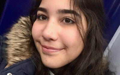 María, becada para la formación preparatoria previa para aplicar a las PCE, que le permitirán ingresar en una universidad española